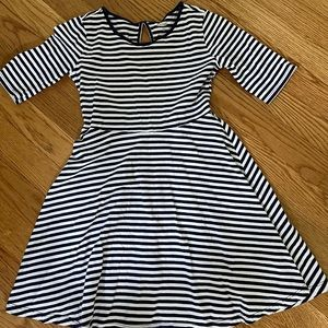 Old navy 1/2 sleeve skater dress